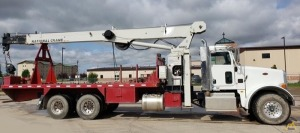 National 571E2 18-ton Boom Truck Crane on Peterbilt 365