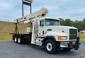 National 900A 23-ton Boom Truck Crane on Mack CL700