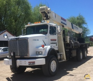 National 9103A 26-ton Boom Truck Crane on Western Star