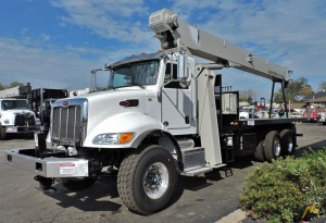 National 9103A 26-Ton Boom Truck on Freightliner 108SD