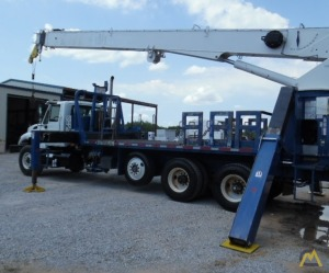 National 9125A 26-Ton Boom Truck Crane on International