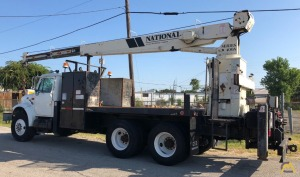 National Series 400A Model 446A 10-ton Boom Truck Crane on International 4900