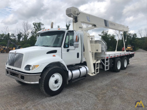Natonal 685D 18-ton Boom Truck Crane on International