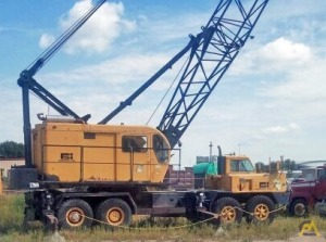 P&H 670-TC 70-ton Lattice Boom Conventional Truck Crane