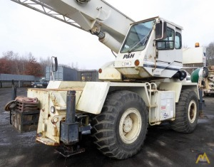 P&H CENTURY 128 28-ton Rough Terrain Crane