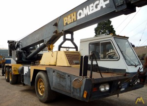 P&H Omega T-300 30-ton Telescopic Truck Crane