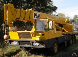 P&H T-200 20-ton Telescopic Boom Truck Crane
