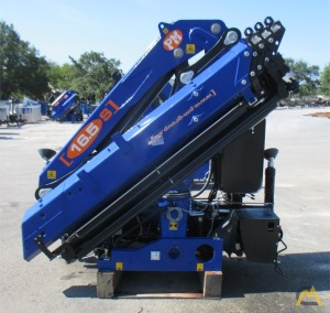 PM 16524 S 16-ton Articulating Knuckle Boom Crane