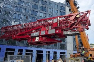 Potain Igo T 130 8.8-Ton Self-Erecting Tower Crane