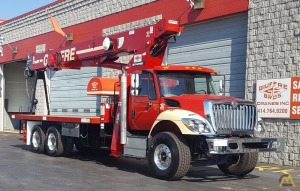 Terex BT 4792 23.5-ton Boom Truck on International 7500