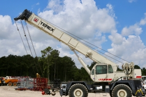 Terex RT 555 55-Ton Rough Terrain Crane