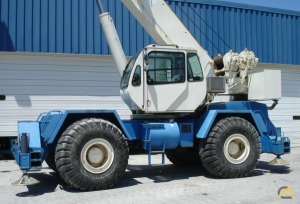 Terex RT555-1 55-Ton Rough Terrain Crane