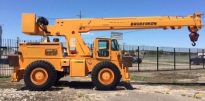 Used Broderson RT-300-2G 15-Ton Carry Deck Crane