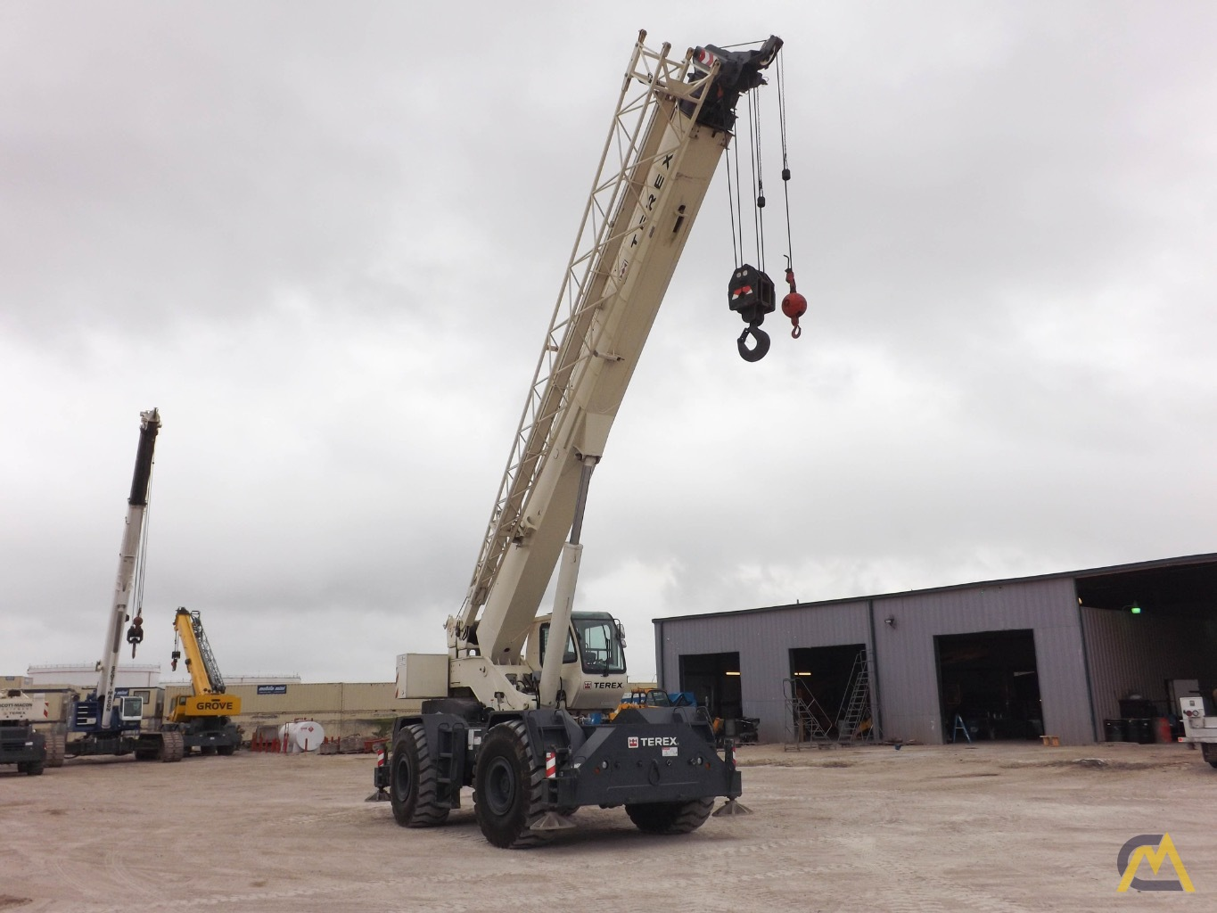 Terex RT555-1 55-Ton Rough Terrain Crane 2