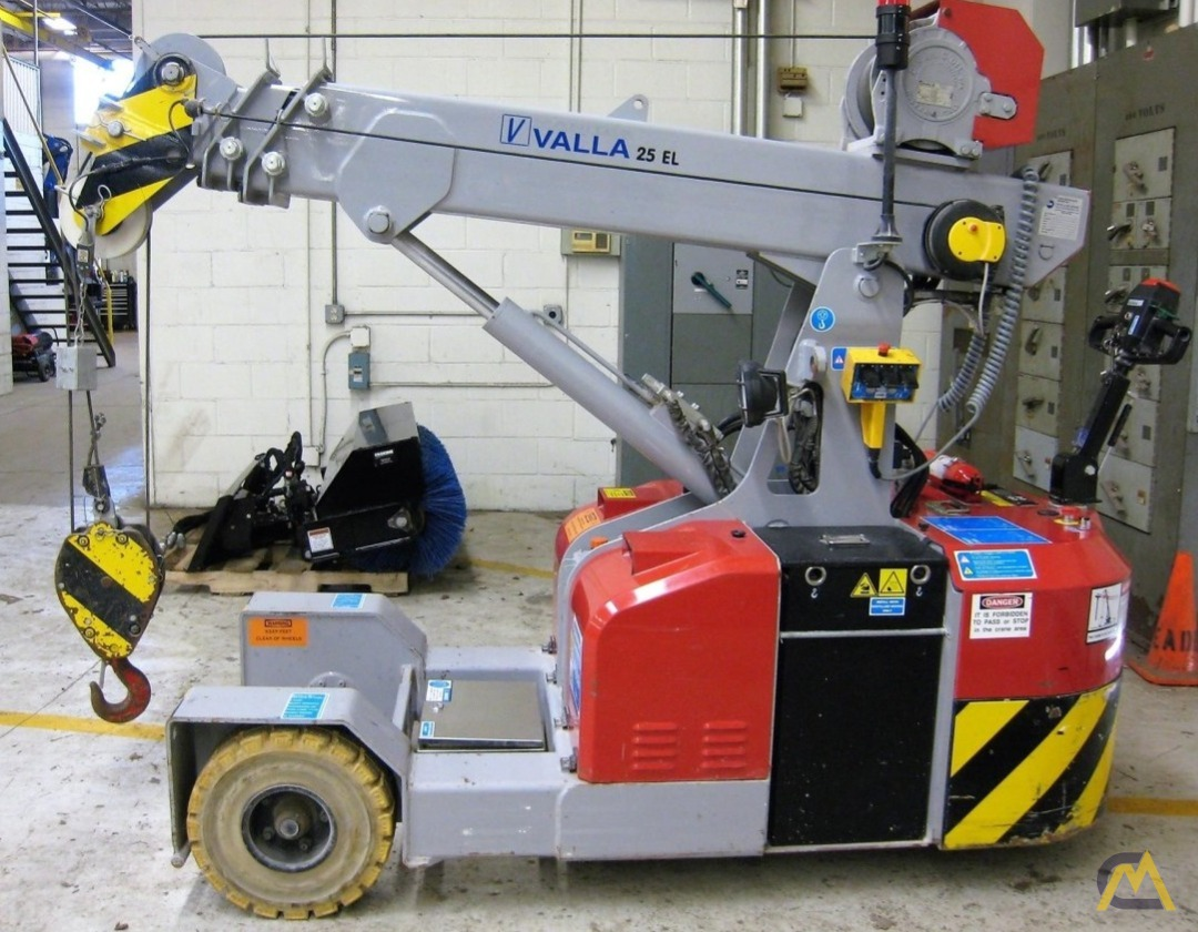 Valla 25 EL 2.45-ton Electric Pick & Carry Crane 0