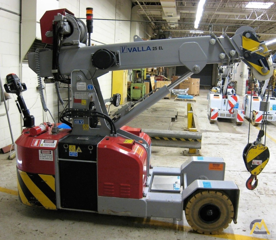 Valla 25 EL 2.45-ton Electric Pick & Carry Crane 2