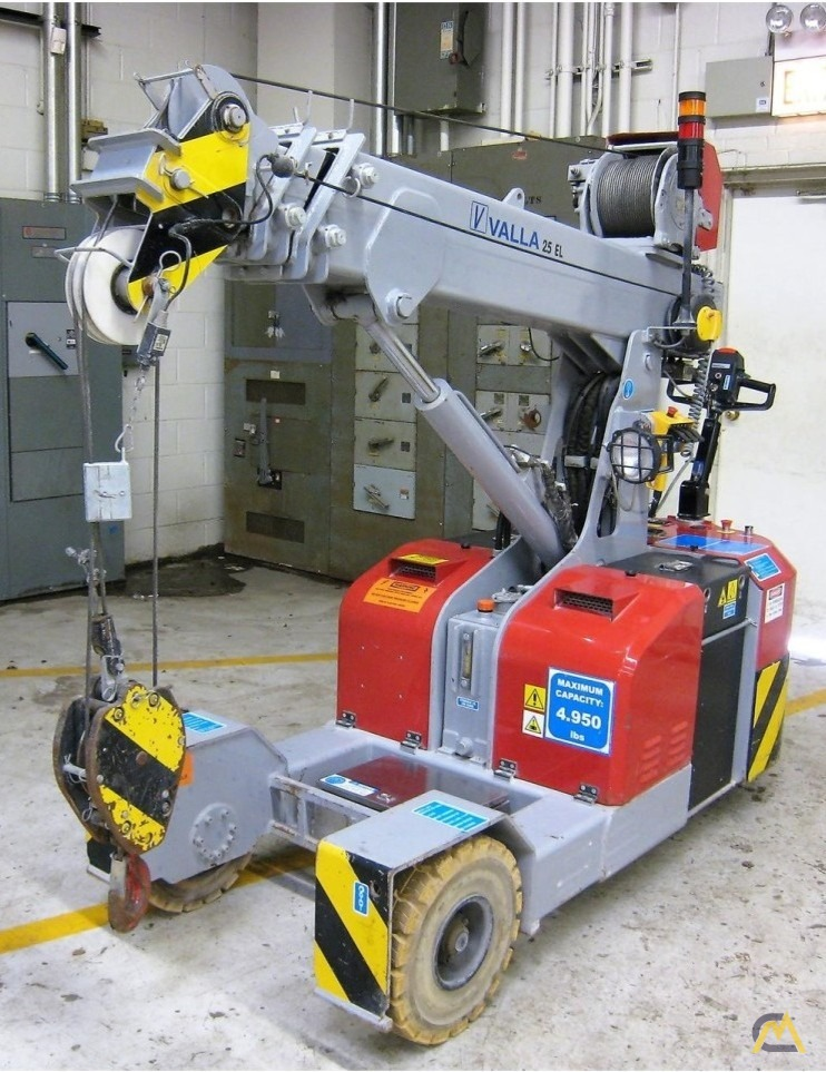 Valla 25 EL 2.45-ton Electric Pick & Carry Crane 8